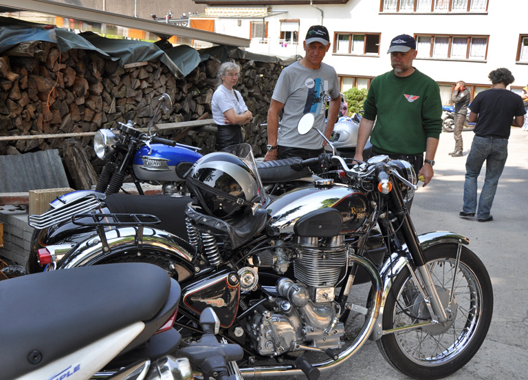 Royal Enfield Bullet 500 Gespann