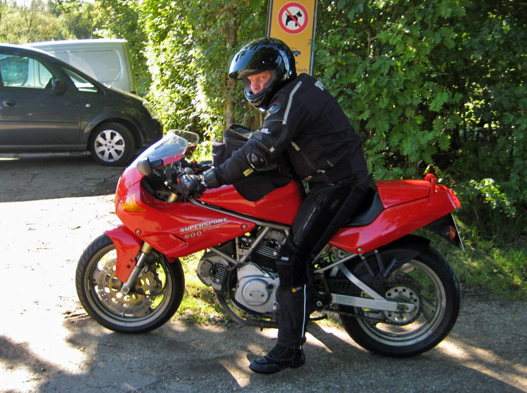 New father on a Ducati 600.