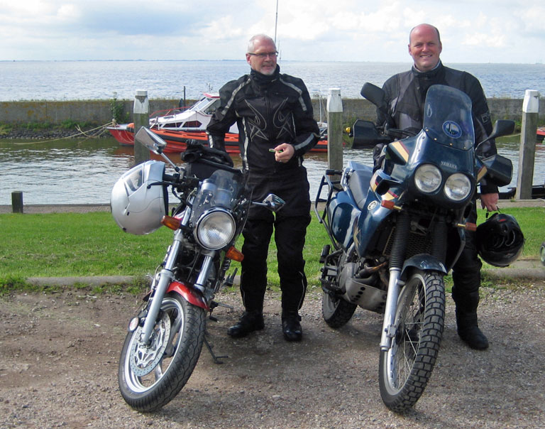 Riding with Trevor and Boyd to the Ijsselmeer.